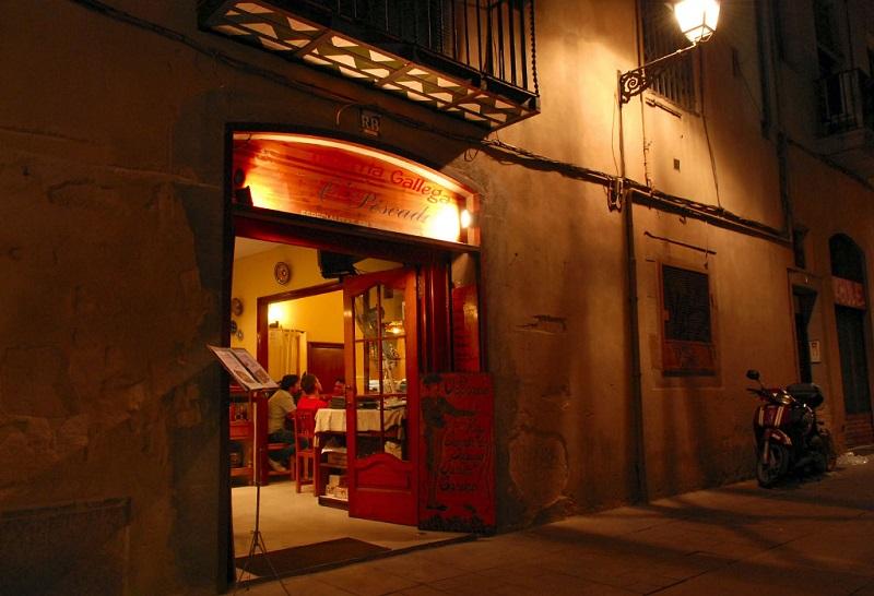 巴塞隆納舊城哥德區巷弄裡的小餐館。