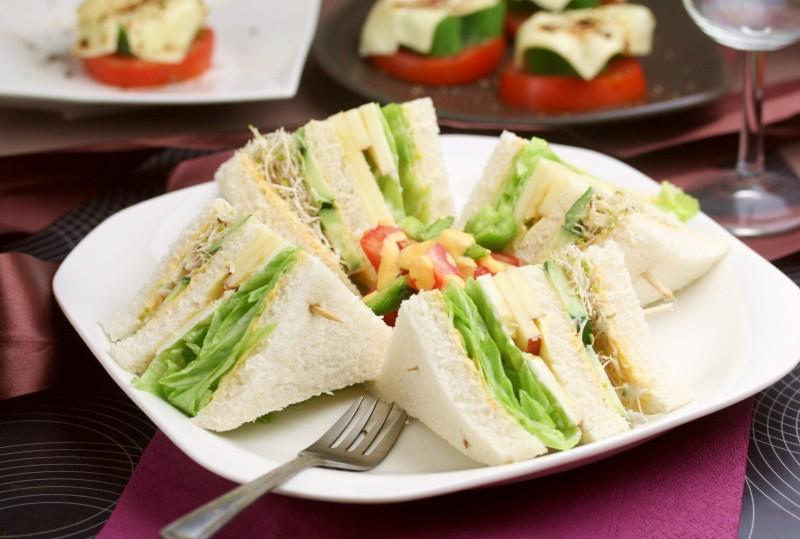 蔬食奶油乳酪三明治