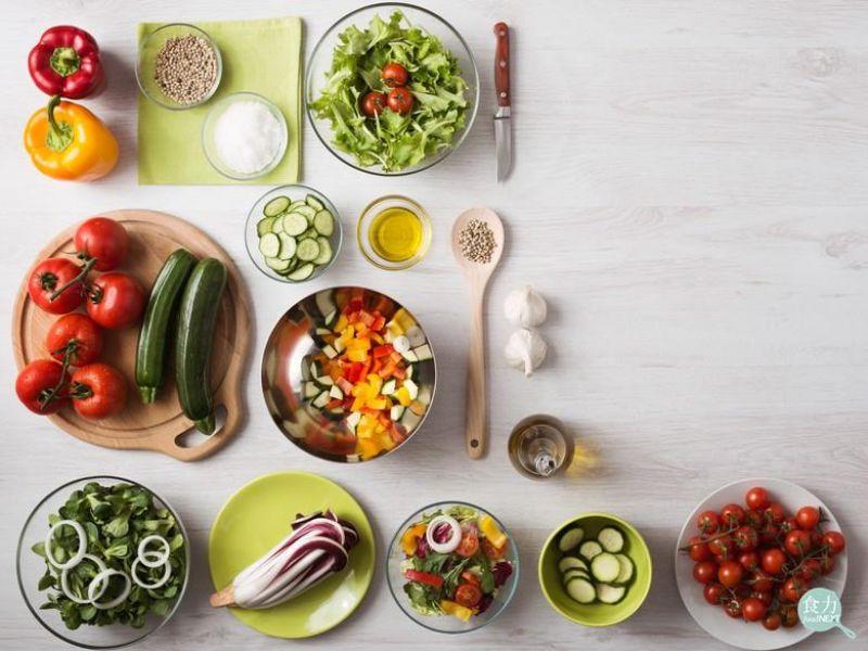夏日正適合食用沙拉。